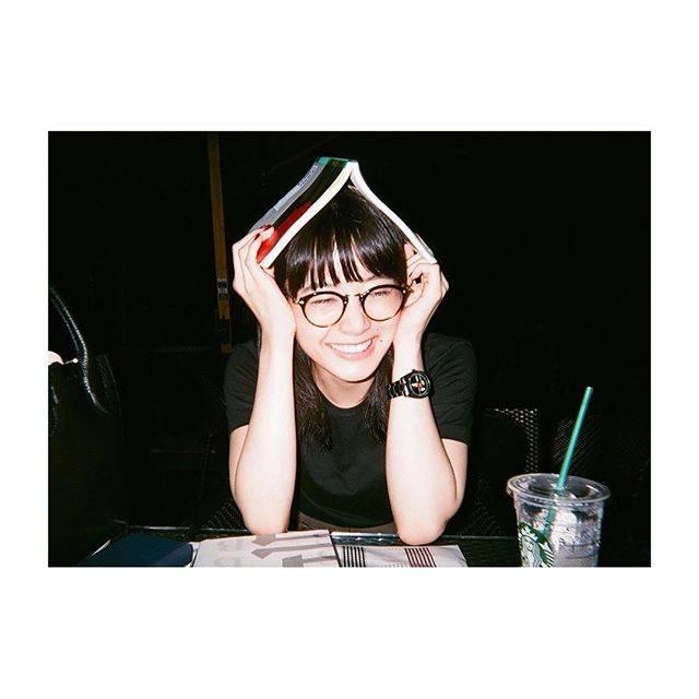 """深川麻衣 on Instagram: """"7月も始まりまして、今年の最初に自分の中で立てた2017年の目標を、最近改めて頭の中で振り返ったり再確認したりしています。今一度気合い!写真は友達が撮ってくれました*"""" (707359)"""
