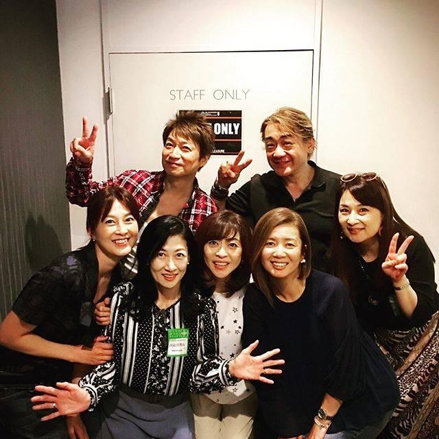 """森尾由美 on Instagram: """"ON&OFFのツアー最終日に お神5で押しかけましたーー THE GOOD-BYも  83年デビュー組 赤坂プリンスに 戻ったよう………… なわけないけど💦 気持ちはあの頃と変わりません! 楽しかったーありがとう! #THE GOOD-BY #ON&OFF  #野村義男…"""" (707946)"""