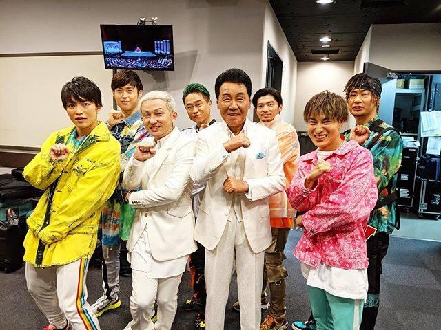 "DAICHI  DA PUMP👍🌸🌈👻😈 on Instagram: ""五木さんとバイーン😆✊紅白以来、共演させて頂きとっても幸せでした😍🙏ジュリッサめっちゃカッコ良かった🤩#五木ひろし san#DAPUMP#うたコン #NHK"" (708967)"