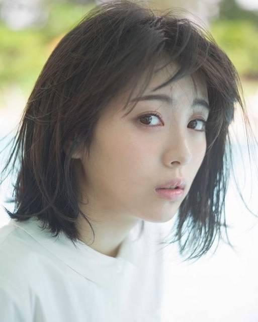 """浜辺美波ちゃんファン on Instagram: """"皆さん台風大丈夫でしたか?.#浜辺美波 #はまべみなみ #hamabeminami#actress #model #girl#浜辺美波好きさんと繋がりたい-----------------@minami.h_fan-----------------"""" (709939)"""