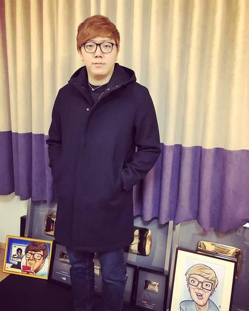 """HIKAKIN ヒカキン on Instagram: """"今年はロングコートを買ってみました♪いい感じ😎"""" (710310)"""