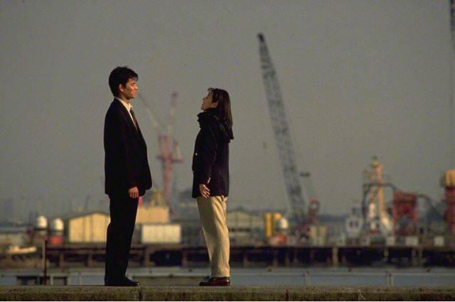 """morikawa ayaka/モリカワアヤカ on Instagram: """"こりゃ街からOLが消えるわけで  最終回だけHDDの残量不足で録画出来てない というトラブルに見舞われるものの、 何とかずっと観たいと思っていた念願叶った!  鈴木保奈美の着こなしがかわいくて!紺ブレとか着たい気分!  27年前のドラマ。…"""" (714160)"""
