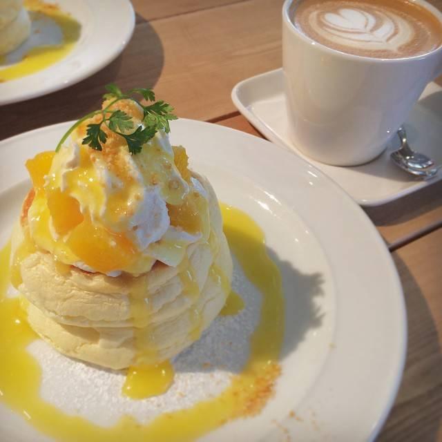 ますみはInstagramを利用しています:「オレンジレアチーズパンケーキ🍊さっぱり系で美味しかったー(  ˊᵕˋ )♡.°⑅ #パンケーキ #pancake #pancakes #orange #fruits #whippedcream #sweets #latte #latteart #caffelatte…」 (744408)