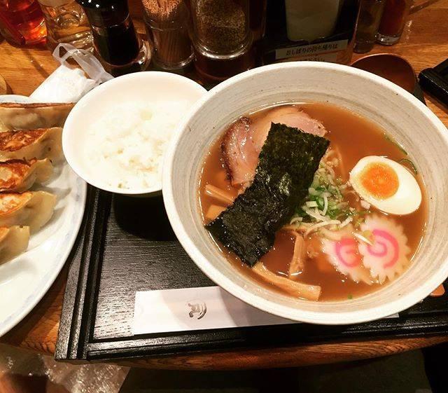 """kennaga on Instagram: """"札幌で研究セミナー。昼食は札幌三和福祉会が運営のラーメン屋さん「凡」醤油ラーメンご飯餃子セットで700円!安い!そして無添加。侮るなかれ!この値段でラーメン餃子共に絶品です。#札幌三和福祉会 #醤油ラーメン #無添加ラーメン #食材は道内産"""" (746074)"""