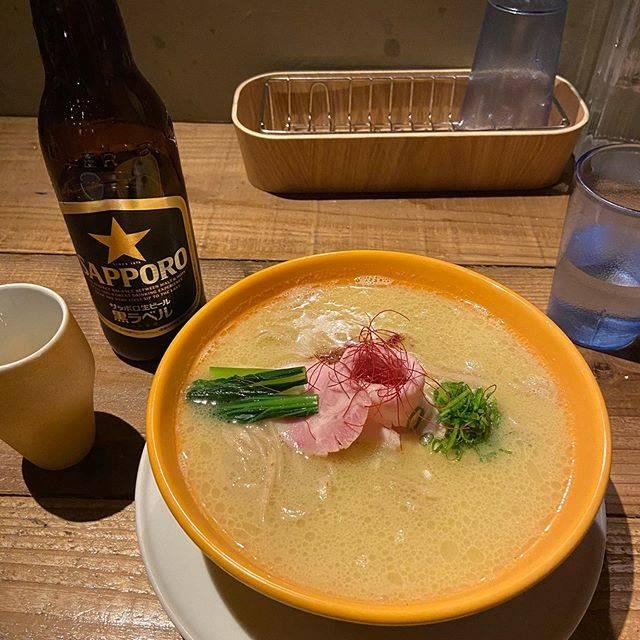 """ma on Instagram: """"白湯(塩)*瓶ビール#japaneseramennoodlelabq"""" (746075)"""