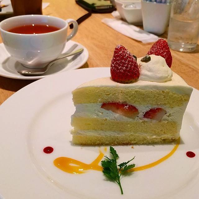 "Foodie Travelling✈️ on Instagram: ""Strawberry cream cake from Letao ❤️"" (746921)"