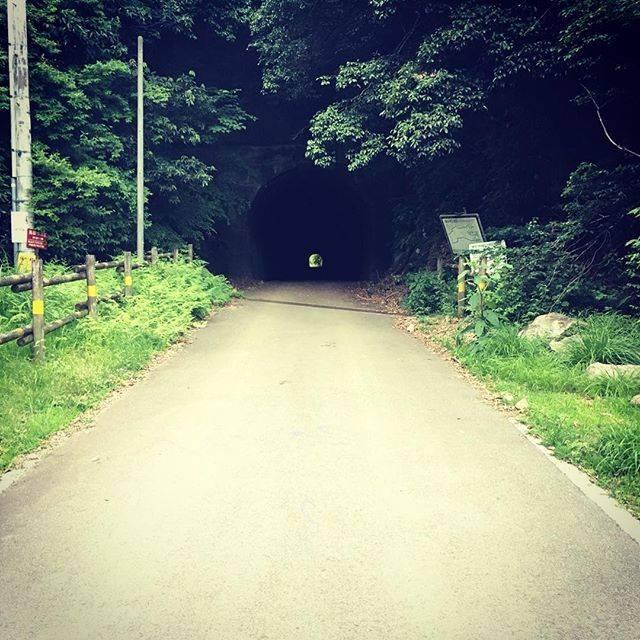 "tetsuya kimura on Instagram: ""今日はここへ行ってきました。#心霊スポット#山神トンネル#厚木#真っ暗#なにか変なの写ってたら教えて"" (747011)"