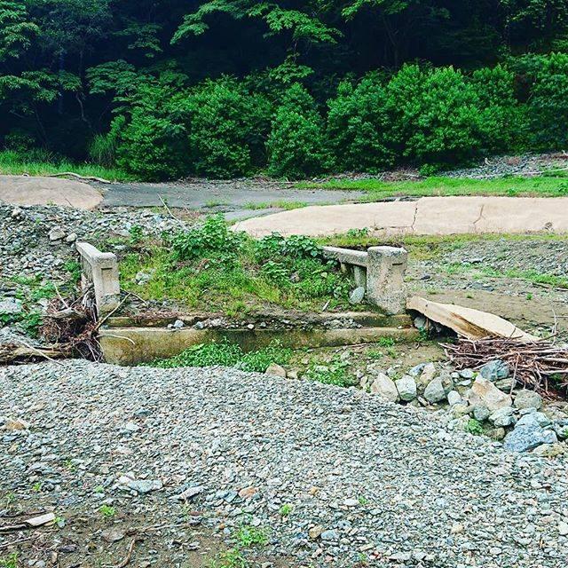 """鶴嘴屋 on Instagram: """"有名な犬鳴村の痕跡 現在は ダムに沈み陸地には 無い。あれは 迷信である。現在 いくら探しても無い。噂のような事は全くない。#福岡県 #宮若市 #犬鳴峠 #犬鳴ダム#犬鳴村 #下谷橋 #犬鳴村伝説 #迷信"""" (747735)"""