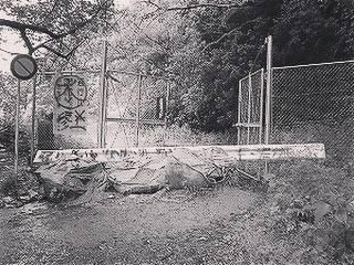 """心霊スポットへ行こう! on Instagram: """"犬鳴峠にまつわる怖い話https://stories-of-scary-spiritspot.com/archives/153#九州地方 #峠 #心霊スポット #犬鳴峠 #福岡県 #電話ボックス #怖い話 #体験談"""" (747744)"""