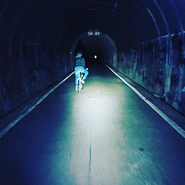 """麗加 on Instagram: """"消えたからもう一回#旧本坂トンネル"""" (749259)"""
