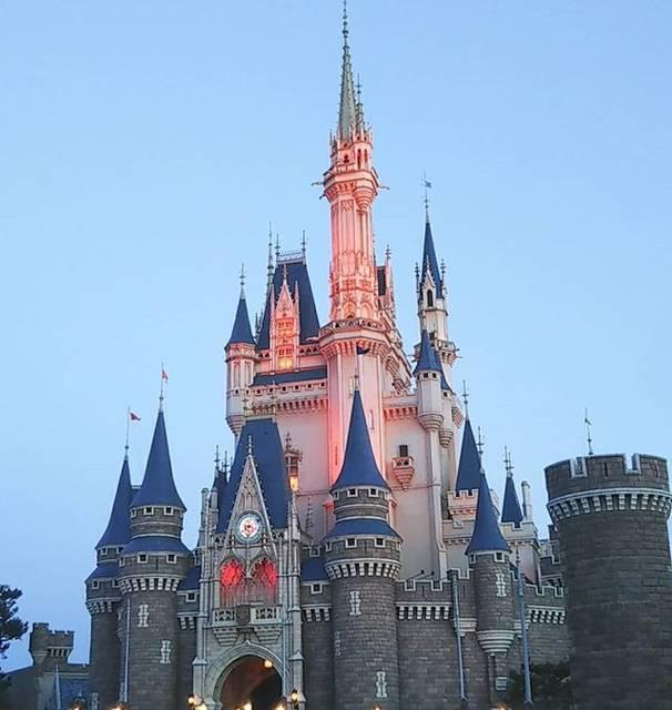"""にいな D垢 on Instagram: """"Cinderella Castle#東京ディズニーランド #ディズニーランド #シンデレラ城 #cinderellacastle #tokyodisneyland #tokyodisneyresort #d垢さんフォロバします #ディズニー好きと繋がりたい #やっぱりこれが1番"""" (754369)"""