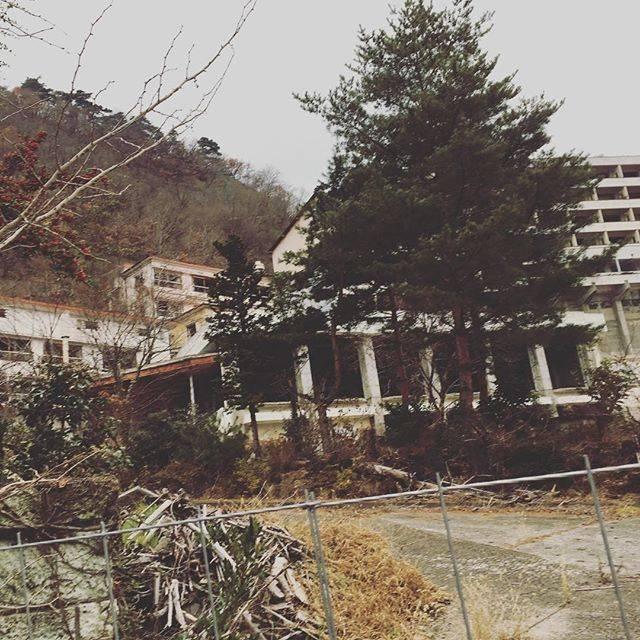 "Masaki Nishida on Instagram: ""廃墟❤️ #信州 #信州観光ホテル #廃墟 #戸倉上山田温泉 #廃墟萌え #崩壊寸前"" (756076)"