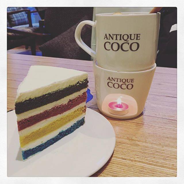 "Hazël Lëe on Instagram: ""Finally here we are! How wonderful to have a rainbow cake 🌈 🍰 with cinnamon apple tea in snowy  #안티크코코 #안티크코코춘천점 #레인보우벨벳 #rainbowcake…"" (763063)"