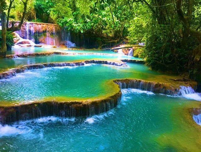 """RETRIP<リトリップ>海外 on Instagram: """"【RETRIP×ラオス】 今回ご紹介するのは、ラオスにある絶景スポット「クアンシーの滝」。東南アジアの中でも人気の旅行先である「ルアンパバーン」。特に見逃せない絶景の滝は鮮やかなエメラルドグリーンが印象的ですね。 .…"""" (763241)"""