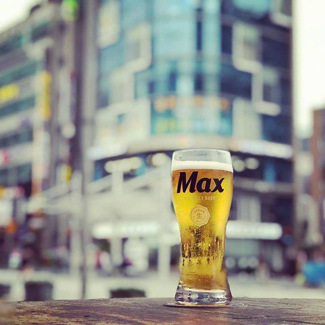 "Globetrotteur ✈️🏖🇱🇰🇲🇻 on Instagram: ""#beach #beer #max #busan #corea #picture #cockypub #maxbeer #followforfollowback #aperitif #pictureoftheday #beautifuldestinations #moment…"" (764031)"
