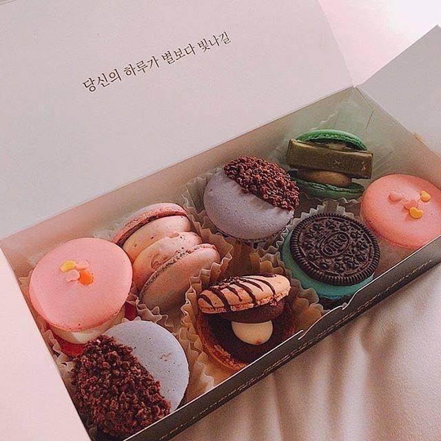 """Sucle(シュクレ)ピンク on Instagram: """"#トゥンカロン  新大久保の""""macapsesso""""は もうチェックしましたか?  美味しくて可愛い韓国式マカロンは  女の子同士のパジャマパーティーにもぴったりです♡  ぜひチェックしてくださいね!  photo by @skr__t4  ㅤㅤㅤㅤ  Sucle…"""" (764795)"""