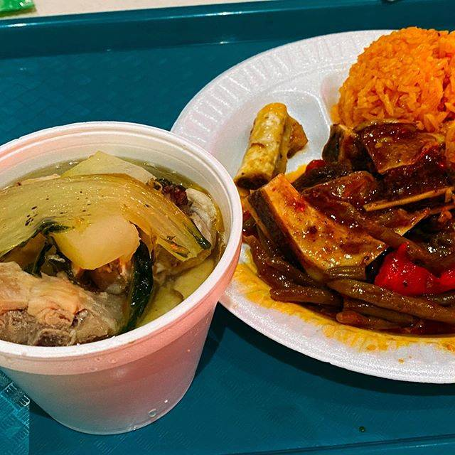 "Kaori Takahashi on Instagram: ""#本日のランチ#チャモロ料理 #redrice #foodcourt #ローカル人気ナンバーワン #名前が分からない笑 #グアムグルメ #guam#dededo #年末恒例姉妹旅"" (766122)"