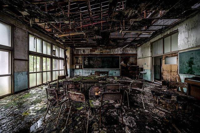 "Noise Atlantic on Instagram: ""Fall deadly silent. . #abandoned_addiction #abandonedcentral #abandon_seekers_ #abandonedearth #abandoniG #abandonedafterdark…"" (766792)"