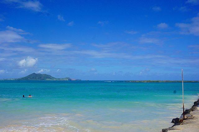 "karin on Instagram: ""楽しい時間はあっという間に🌴🏖 ☆ ☆ 2019年10月 #ハワイ#カイルアビーチ #ワイキキ #ワイキキビーチ#ホノルル#オアフ島#青い海#青い空#絶景#絶景ビーチ #夫婦旅行#過去pic#hawaii #honoruru#Waikiki#beach#aloha…"" (767108)"