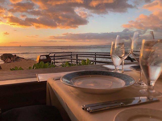 """@___sayaiii on Instagram: """". 日本だと海付近の風って 髪パッサパサになるけど、 Hawaiiってまったくそんなことない。 その理由教えてもらったけど忘れた😂 ㅤㅤㅤㅤㅤㅤㅤㅤㅤㅤㅤㅤㅤ #oceanfront #oceanfrontview  #オーシャンフロントビュー  #oceanview…"""" (768858)"""