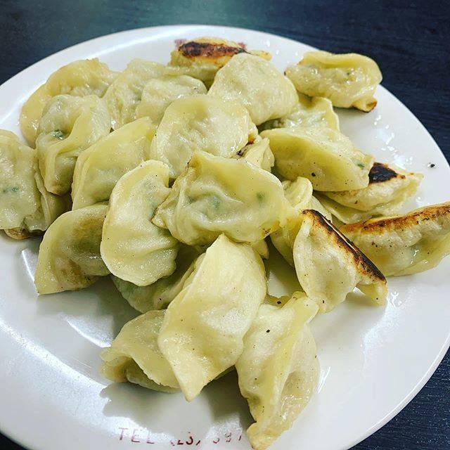 "SATOMI on Instagram: ""#長崎#雲龍亭#餃子#野菜がたっぷり#皮は薄め#美味しい😋"" (769789)"
