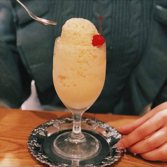 """愛望 on Instagram: """".長崎生まれの「食べるミルクセーキ」🍨・・・#caféumino #cafeumino #長崎グルメ #長崎カフェ #佐世保カフェ #食べるミルクセーキ #ミルクセーキ #ミルクセーキは食べ物 #レトロな雰囲気"""" (770325)"""
