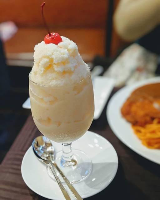 """ロコ on Instagram: """"長崎旅行の際に食べたミルクセーキ。めちゃくちゃうまかった。#ミルクセーキ #ツル茶ん #長崎 #長崎名物"""" (771210)"""