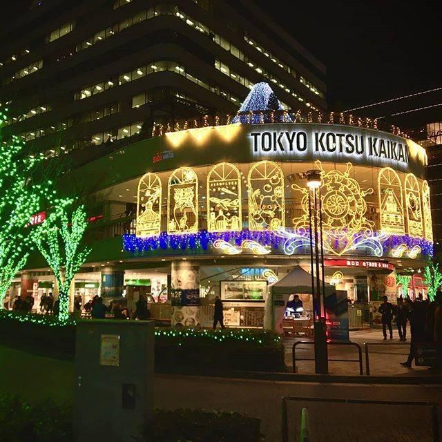 "Takuo Takano on Instagram: ""今日も#クリスマスの撮り貯めの続きです。#有楽町駅 近くの #交通会館#イルミネーションです。今はやってないかもです。 #大晦日 、みなさんよいお年を!  #illumination#tokyo#shotoniphone#xmas#12月 #ginza…"" (771385)"
