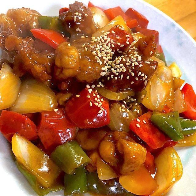 Mogumogu🍴はInstagramを利用しています:「今夜は酢豚♪考えてみたら酢豚作るのはじめてなきがします🤔ケチャップが少し多かったかな。また今度リベンジだ٩( 'ω' )و❄️❄️❄️#酢豚 #晩ごはん #夕食 #夕飯 #おうちごはん #おうちごはんlover #wp_deli_japan #snapdish #中華」 (772225)