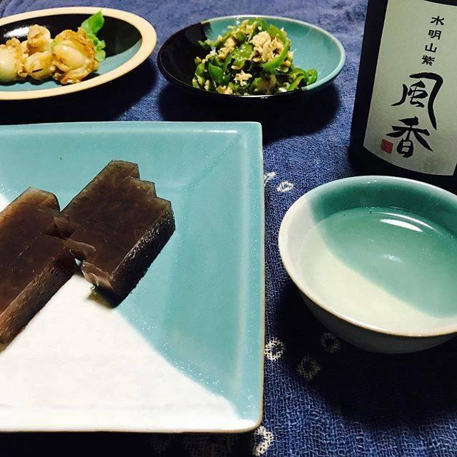 """eiko on Instagram: """"イギスで一杯 やっぱり好きだなぁ〜イギス 日本酒とよく合う✨ ・ 今日は遅番だったので軽くおつまみで晩酌を🍶 ・ 山陰へ旅行に行った時に虜になったイギス ふと… 今年の夏は食べてないじゃんっ!って思ってね 昨晩のうちに作っておきました😋 ・ 鳥取の郷土料理なので…"""" (773181)"""