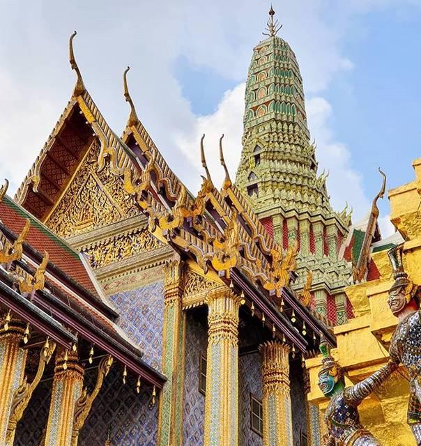 "My travel pictures 📷 on Instagram: ""Wat Phra Kaew 📍  #bangkok #thailandtravel #bangkokcity #bangkokthailand #bangkoktrip #igersbangkok #travelthailand #thaitemple…"" (774720)"