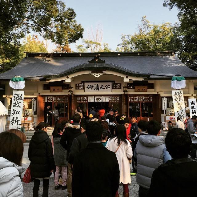 """Eisuke Ohgi on Instagram: """"会社の新年会を終えて、清正公のところへ。"""" (775168)"""