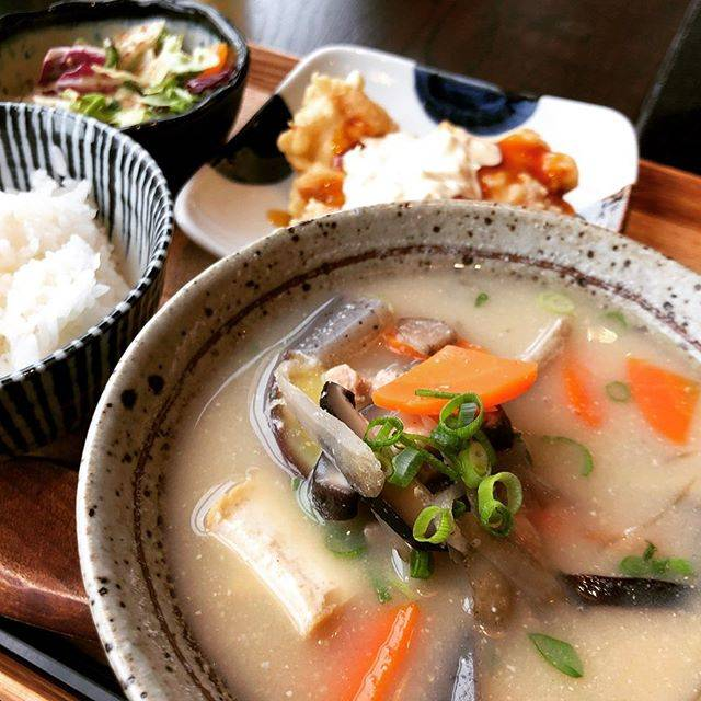 """yui on Instagram: """"久々にぐっときた外食。#さつま汁"""" (775421)"""