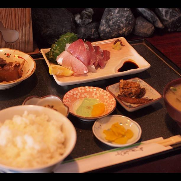 "@toyooon on Instagram: ""刺身定食。"" (775670)"