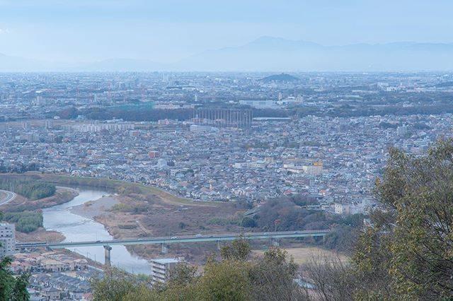 "Kaz Kito on Instagram: ""今年の撮り納め‼️ 名古屋市最高峰、標高は高くは無いのに坂が急、めちゃきつかった😵 ・ 小牧山、伊吹山方面に向けてますが見事な霞み具合‼️ 🔹🔹🔹🔹🔹🔹🔹🔹🔹🔹🔹🔹🔹🔹🔹🔹🔹 #名古屋市 #守山区 #東谷山 #日本ツアーズ #東海カメラ倶楽部  #japan_photo_now…"" (777163)"