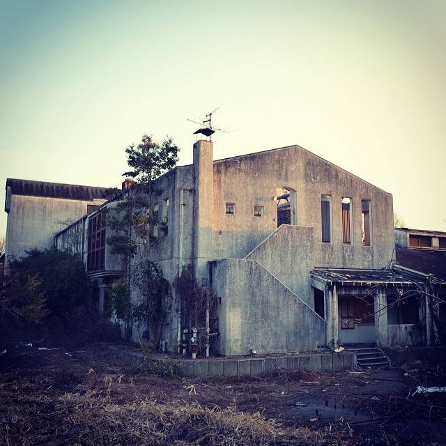 "🌜MIKI_FUJII🌛 on Instagram: ""廃墟巡り\( ˆoˆ )/ #廃病院 #廃墟 #貝塚結核病院"" (777532)"