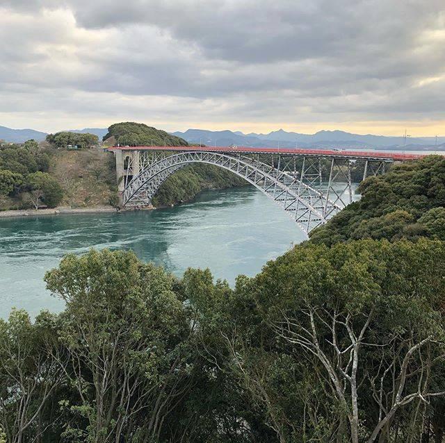 """迎伸幸 on Instagram: """"長崎の西海橋、下は渦が巻いてます。久しぶりに橋を歩いてみました。#nagasaki#長崎#西海橋#渦潮"""" (778097)"""