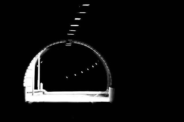 """心の平和王国(わんわん) on Instagram: """"#小坪トンネル #心霊スポット #鎌倉 #モノクローム写真"""" (780503)"""