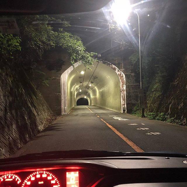 "Ken.m_06 on Instagram: ""夏なので心霊スポットへ。ちなみに自分は幽霊など居ないと思ってる。 #心霊スポット #野間トンネル #大阪 #ドライブ"" (781798)"
