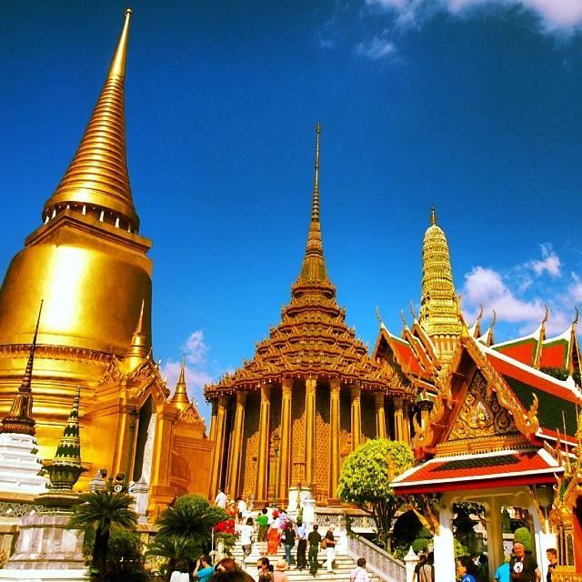 タイ人に一番人気の寺院ワットプラケオ
