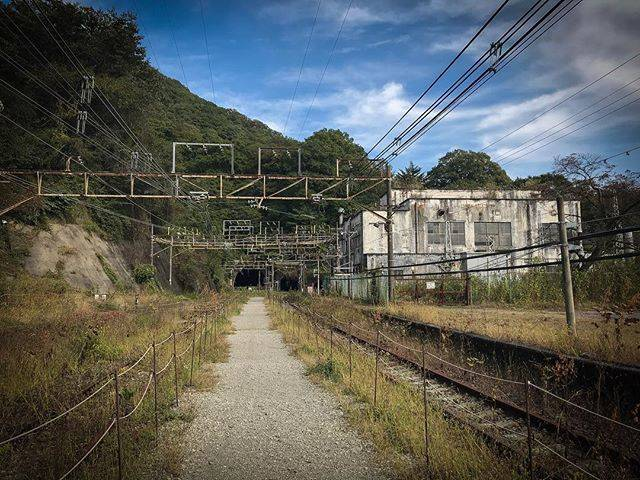 "@todds_transport_world on Instagram: ""A view of the now abandoned  Kumanotaira Substation; I believe this was originally a railway station but subsequently became just a…"" (790387)"