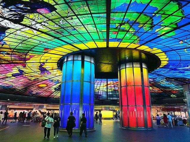 "mimiko on Instagram: ""美麗島駅の世界第2位に美しい駅🚉1位はどこかな?#台湾 #美麗島 #MRT駅#世界第2位に美しい駅#写真大好き #写真#左営 #高雄 #photo"" (791038)"