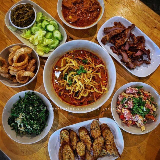 "·•๏  т о ε ч  ๏•· on Instagram: ""• ลำนัก... ลำขนาด @ ร้านหอมด่วน เอกมัย • ————————————————————————— #northernthaifood #namprik #oh #rice #foodblogger #freshvegetables #wow…"" (792717)"
