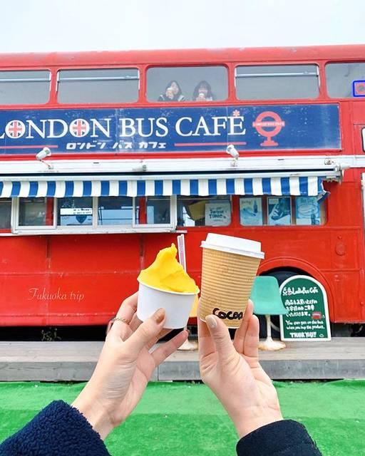 """@_mantis_0223 on Instagram: """". . ロンドンバスカフェ * . . 福岡は 東京よりも あたたかくて ジェラートも食べられちゃう ❤︎ . バスの中に なおとゆうきがいるのが、ポイント(笑) . . . . . . . . #福岡旅行 #同期 #同期旅行 #社員旅行 #糸島 #ロンドンバスカフェ…"""" (793377)"""