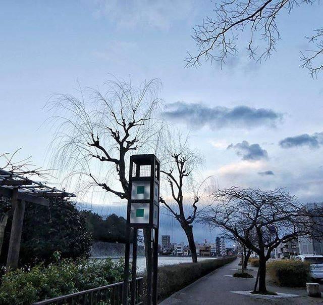 """香港人退休檳城點讚分享🌎 on Instagram: """"【好想去滑雪】#三年前的今天::#漫步人生路#名古屋#walking#nagoya#memories💕 #skiing🎿 #lovelytrip"""" (794391)"""