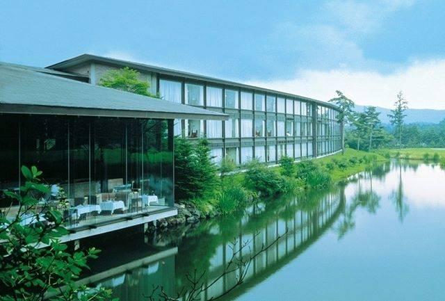 "Relux公式|ホテル・旅館の宿泊予約 on Instagram: ""軽井沢の大自然を窓から眺めながら、心和む時を過ごせる客室。大きな窓から緑を望むファミリースイートやツインルームなど、しつらえや旅の目的からお好みの一室をお選びください。 ・ 📍ザ・プリンス軽井沢 . . . 気になる宿の詳細はプロフィールから▶ @relux_jp .…"" (794541)"