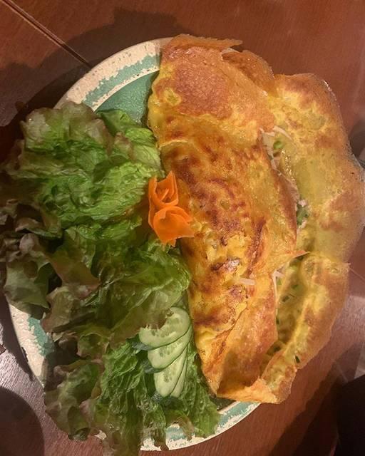 "@aiueomusubimaru on Instagram: ""ベトナム料理でバインミーの次にすき#バインセオ #ベトナム料理 #instagood #instalike #instafood #l4l"" (795018)"