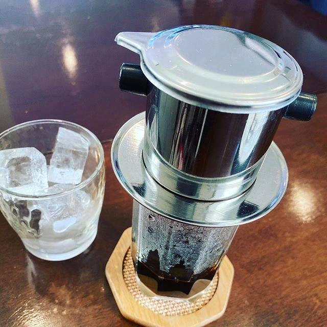 "Kikuko Matuzaka on Instagram: ""ベトナムコーヒー🇻🇳☕️底にコンデンスミルクが入ってるのが特徴だとか。#ベトナムコーヒー"" (795569)"