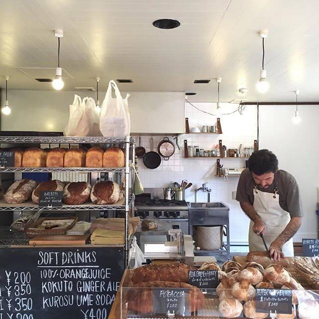 """cafe coconoe on Instagram: """"おはようございます🌞  本日より、営業再開となります。 晴れ間が見えて気持ちの良い朝、パンがたくさん焼きあがっています。  今日から営業形態も変わり、新たな気持ちでの再出発となります。 皆さまのお越しを心よりお待ちしております。…"""" (808225)"""