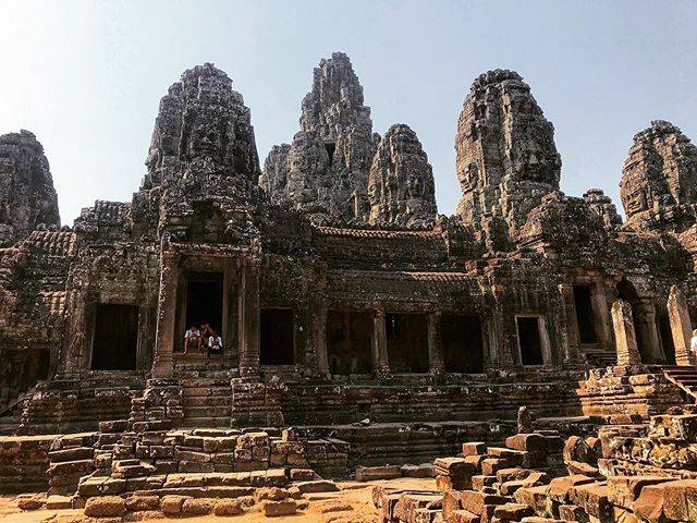 "Emily Walkden on Instagram: ""The faces of Angkor Thom 🛕🌝 . . . . . #angkorthom #temple #nokorthom #angkorarcheologicalpark #bayon #angkor #stone #ruins #sandstone…"" (809959)"